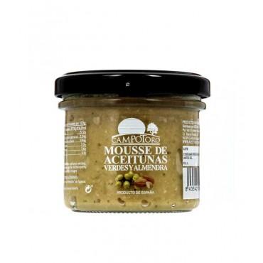 Mousse de aceitunas verdes y almendras